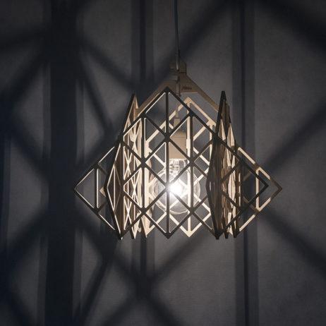 TAKAMAŁA Himmeli lampa ze sklejki